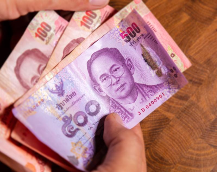 Thailand creates wealth: economic recovery depends on tourism and improved exports